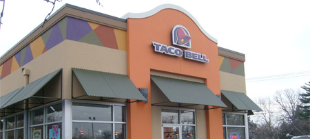 Taco Bell storefront exterior